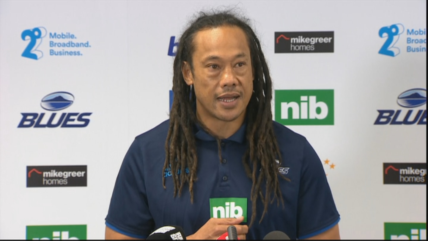 The Blues announced today that MacDonald will be in charge with Umaga staying on as a defensive coach.
